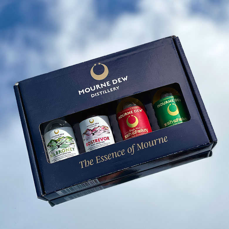 Miniature-Gift-Pack-Irish-Whiskey-Gin-Mourne-Dew-Northern-Ireland